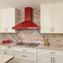 red_range_hood_interior_design