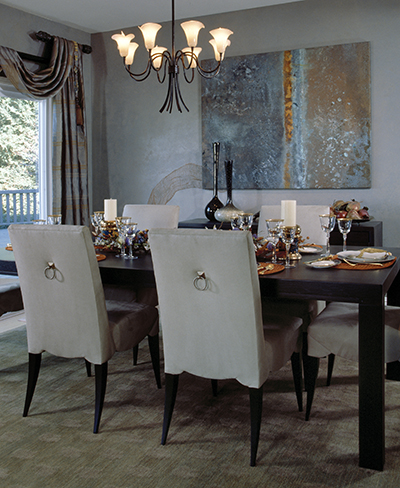 contemporary_dining_room_uphostered_chairs1